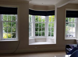 sash window window seat in living room