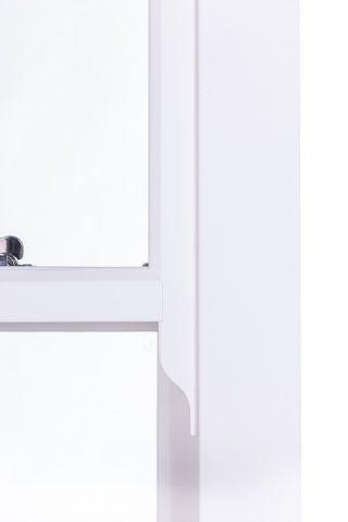 chalk white ultimate Roseview Windows, run-through horn, studio shot
